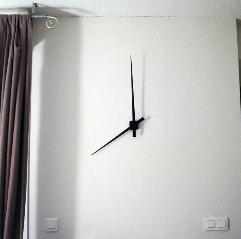 Horloge murale complète 90 cm (5 couleurs)-624